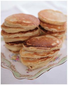 Pikelets - Images from Gran's Kitchen www.granstable.com