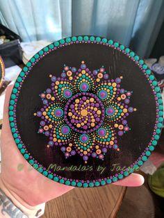 Mandala Canvas, Mandala Dots, Mandala Pattern, Mandala Design, Dot Art Painting, Rock Painting Designs, Mandala Painting, Stone Painting, Crafts To Make And Sell