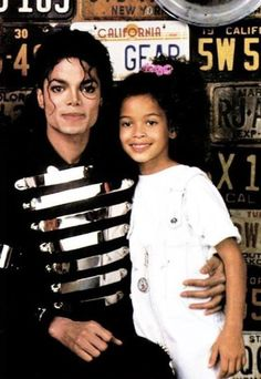 michael jackson la gear commercial photo shoot photos | Michael and niece Brandi Jackson on the set of the LA Gear commercial ...