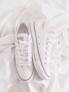 Converse Chuck Taylor All Star Low Sneakers in Black Ox Leather Zapatos Louis Vuitton, Louis Vuitton Shoes, Chuck Taylors, Shoe Boots, Shoes Heels, Shoes Sneakers, Converse Shoes, Red Shoes, White Sneakers