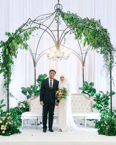 Arab Wedding, Fiddle Leaf Fig, Green Garden, Ceremony Decorations, Wreaths, Bridal, Wedding Dresses, Instagram, Design