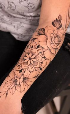 Arm Tattoos For Women Forearm, Half Sleeve Tattoos Forearm, Sleeve Tattoos For Women, Female Forearm Tattoo, Henna Arm Tattoo, Forearm Mandala Tattoo, Word Tattoos On Arm, Mandala Tattoos For Women, Tattoo Roses