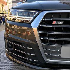 Size does not matter! SQ7 - a SUV with sportscar performance // #DTMBudapest ---- #Audi #SQ7 |||| @audidriven |||| #audidriven - a 'set of mind' oooo #AudiSQ7 #Q7 #AudiQ7 #quattro #AudiSport #RS5DTM #quattroGmbH #dtm #igersvienna #audihungaria #igersaustria @dtm_pics #Hungaroring #audiaustria #AudiSportcars #AudiLED