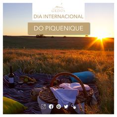Hoje celebra-se o Dia Internacional do Piquenique!  Consulte um dos nossos piqueniques e aventure-se pela paisagem alentejana!  #picnic #piquenique #landscape #herdadedosgrous #beja #alentejo #portugal #sun #summer
