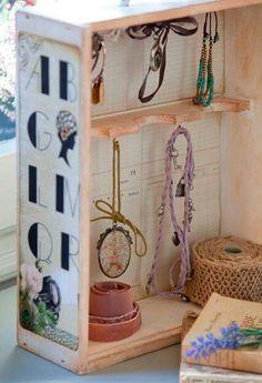 #DIY #organize #jewelry #DIY #organize #necklace  #necklaces #DIY #organize #bracelets #DIY #organize #earrings  #DIY #organize #rings #organize #accessories