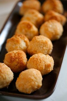 The best coconut macaroon recipe in the world!