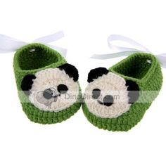 dde647614f036 Baby Panda Pattern Hand Knitted Shoes - DinoDirect.com