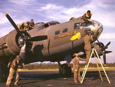World War II in Color: American Bombers and Their Crews, 1942