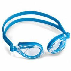 B&S 9492 Okulary B&S 9492 są wysokiej jakości okularami pływackimi z korekcją. Wyprodukowane z odpornego na uderzenia polikarbonu z warstwą przeciw parowaniu Anti-Fog. Są to także okularki hypoalergiczne z 100% ochroną UV. Zestaw pływacki w dwóch kolorach: czarny, niebieski wraz z przeźroczystymi szkłami. Istnieje możliwość doboru mocy osobno na każde oko. Okulary B&S posiadają bardzo dobre właściwości użytkowania z elastyczną gumką na głowę oraz noskiem o zmiennych rozmiarach.