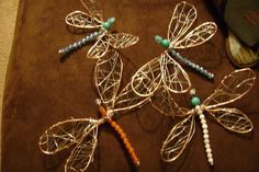 Tutorial: Wire dragonflies--use clothes hanger wire & do sized for garden