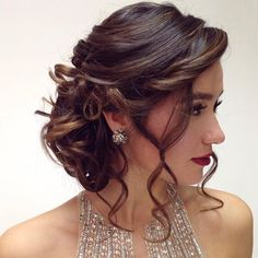 Wedding Hairstyles For Long Hair Quinceanera Hairstyles For Short Hair Quince Hairstyles, Formal Hairstyles For Short Hair, Side Braid Hairstyles, Short Pixie Haircuts, Short Hair Updo, Fancy Hairstyles, Bride Hairstyles, Hair Styles For Formal, Sweet 16 Hairstyles