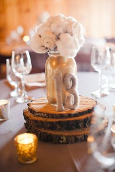 10 Fun Ideas for Alternative Wedding Centerpieces!! Cotton and spray painted mason jar
