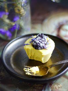 Blackberry Lemon Raw Cheesecake Bites via @audreysnowe
