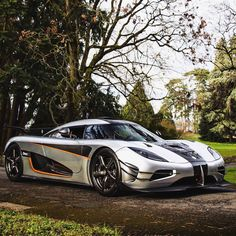 """1,091 Likes, 2 Comments - World's Hottest Photographers (@madwhips_features) on Instagram: """"Koenigsegg One:1  Follow @mkspots for more pics!  Upload your best photos to www.MadWhips.com to be…"""""""