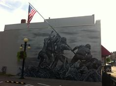 Im not an American but I think this mural is awesome. Iwo Jima Memorial, Spring Usa, My Marine, Morning Pictures, Photos Of The Week, Veterans Day, Palm Springs, Best Funny Pictures, Cool Photos