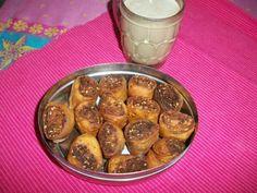 YUMMY TUMMY: Bakarwadi – Maharashtrian Snack Recipe