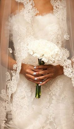lace wedding details,lace veils  Repinned by Annie @ www.perfectpostage.com