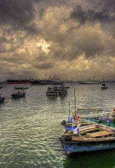 Karachi harbour SHARE YOUR TRAVEL EXPERIENCE ON www.thetripmilll.com! Be a #tripmiller!