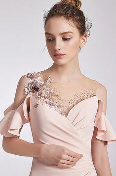 Elegant Outfit, Classy Dress, Elegant Dresses, Formal Dresses, Pretty Prom Dresses, Nice Dresses, Corset Dresses, Sexy Evening Dress, Evening Dresses