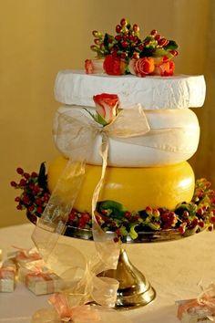 Hochzeitstorte aus Käse