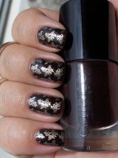 Konad nail stamp baroque nails