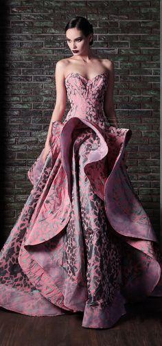 Rami Kadi .F-W 2013-2014.  http://es.pinterest.com/meriyay/fashion-dresses-iii/