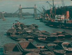 27 Rare and Amazing Color Photographs of London From 1924 to 1926 ~ vintage everyday Vintage London, Old London, Color Photography, Vintage Photography, Highgate Cemetery, Clapham Common, London Tours, Westminster Abbey, London Life