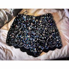 ♥scalloped sequin shorts♥