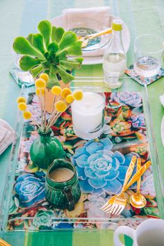 A Personalized Holiday Brunch with Shutterfly   The Jungalow
