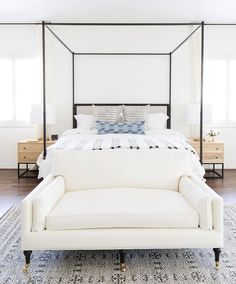 149 modern bedroom design ideas for a dreamy master suite 110 Home Decor Bedroom, Modern Bedroom, Bedroom Furniture, Master Bedroom, Furniture Plans, Bedroom Ideas, Bedroom With Sofa, Design Bedroom, End Of Bed Sofa