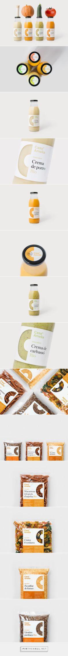 Packaging Design by Casa Amella Juice Branding, Juice Packaging, Beverage Packaging, Coffee Packaging, Bottle Packaging, Brand Packaging, Label Design, Branding Design, Package Design