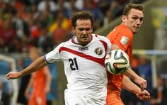 Netherlands vs Costa Rica. What a fight.
