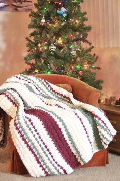 Ribbon Candy Blanket: Quick and Easy Chunky Free Crochet Blanket Pattern – kelly g - Crochet Christmas Crochet Blanket, Striped Crochet Blanket, Christmas Crochet Patterns, Holiday Crochet, Chunky Crochet, Afghan Crochet Patterns, Crochet Blankets, Crocheted Afghans, Crochet Blanket Tutorial