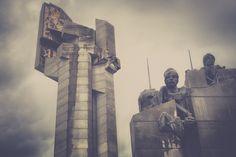 Defenders Stara Zagora bulgaria - La Dent de L'Oeil - Contemporary photography by Hélène Veilleux - #brutalism #Bulgaria #soviet #monument #architecture