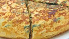 Potato and chard omelette - Tortillas - Pastel de Tortilla Omelette, Pizza, Potatoes, Cheese, Food, Recipes, Garlic Mushrooms, Torte Recipe, Food Cakes