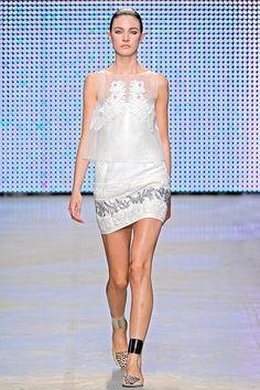 Giambattista Valli Spring 2011 Ready-to-Wear Collection Photos - Vogue