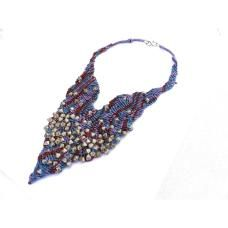 Falling pearls necklace
