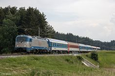 Trains and locomotive database and news portal about modern electric locomotives, made in Europe. Electric Locomotive, Europe, Train, Strollers