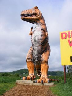 Discover Dinosaur World in Cave City, Kentucky: Prehistoric animals decorate this popular outdoor park. Kentucky Vacation, Dinosaur Park, Dinosaur Train, Cave City, My Old Kentucky Home, Louisville Kentucky, Roadside Attractions, Prehistoric Animals, Vacation Spots