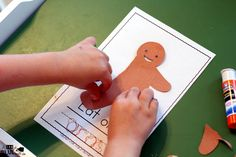 Your students will absolutely LOVE this interactive Yummy Gingerbread Man book! Perfect for your Christmas theme this year. Gingerbread Man Book, Gingerbread Stories, Preschool Books, Preschool Kindergarten, Hands On Activities, Christmas Themes, Free Printables, Seasons, Holiday