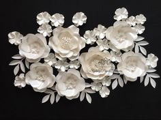 Mini paper flower backdrop - Set of WILD ROSE and HYDRANGEA paper flowers BASIC set size and quantity of flowers (13 in total):  2 Big Wild Roses with featured centres is 28 cm (11 inches) 5 Small Wild Roses are 24 cm (9,5 inches) 6 small hydragena flowers 11 cm (4,5 inches)  leaves to decorate   !!! PLEASE NOTE this set comes as a BASIC set of 13 flowers!   you can add 15 more hydrangea flowers to form little clasters of them here and there or to spread all over your backdrop - choose FULL…
