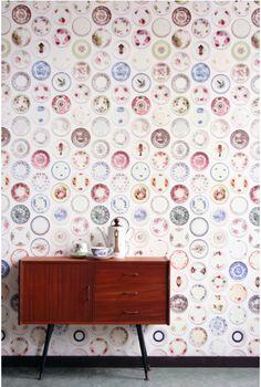 Betoniseiniä ja terrakotta lattialaattoja, värikkäitä tekstiilejä, vintagea, uusia huonekaluja ja maailmanmatkoilta kerättyjä sisustusesine...