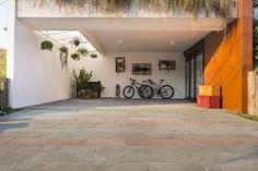 Crystalli Modular cinza e rosso - Arquiteta Soraya Tessaro | Foto: Inês Antich