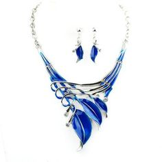 $7.21 A Suit of Delicate Women's Leaf Pendant Necklace And Earrings