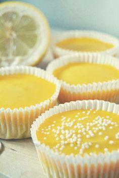 lemon cupcakes  http://latilacupcakesblog.wordpress.com