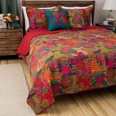 3 Piece Beautiful Red Blue Purple Orange Full Queen Quilt Set Rich Jewel Tones Floral Themed Reversible Bedding Bohemian Boho Vibrant Bright Pretty Exotic Traditional Cotton >>> Visit the image link more details. (This is an affiliate link) King Quilt Sets, Queen Quilt, Queen Bedding, Colchas Country, Bohemian Quilt, Bohemian Bedrooms, Boho Room, Bohemian Decor, Bohemian Style