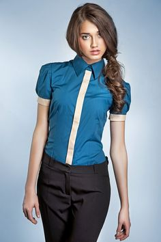 Błękitna koszula damska z krótkim rękawem