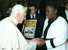Il Papa Benedice la Pena di Morte per i Gay in Uganda