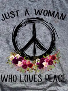 This is definitely me and I am proud of every peace sign that I have pinned on this board for my beautiful daughter Ashlie Terry! I love you Ashlie! Hippie Style, Combi Hippie, Hippie Love, Hippie Chick, Hippie Peace, Happy Hippie, Peace On Earth, World Peace, Peace Love Happiness