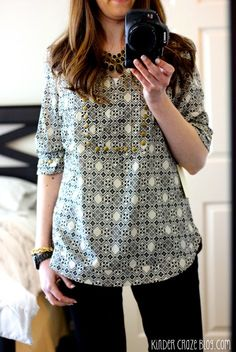 I love this top so much! I would love to see it in my next fix. I like the pattern and can see wearing it lots of different ways.